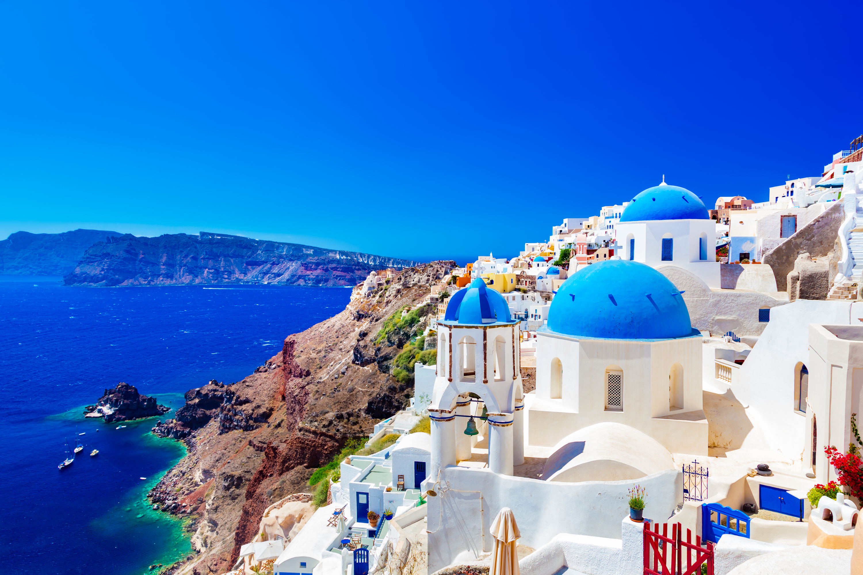 There is nothing like the beautiful islands of Greece. If you're planning a vacation to the Greek Islands, here's everything you need to know to make the most of your trip.