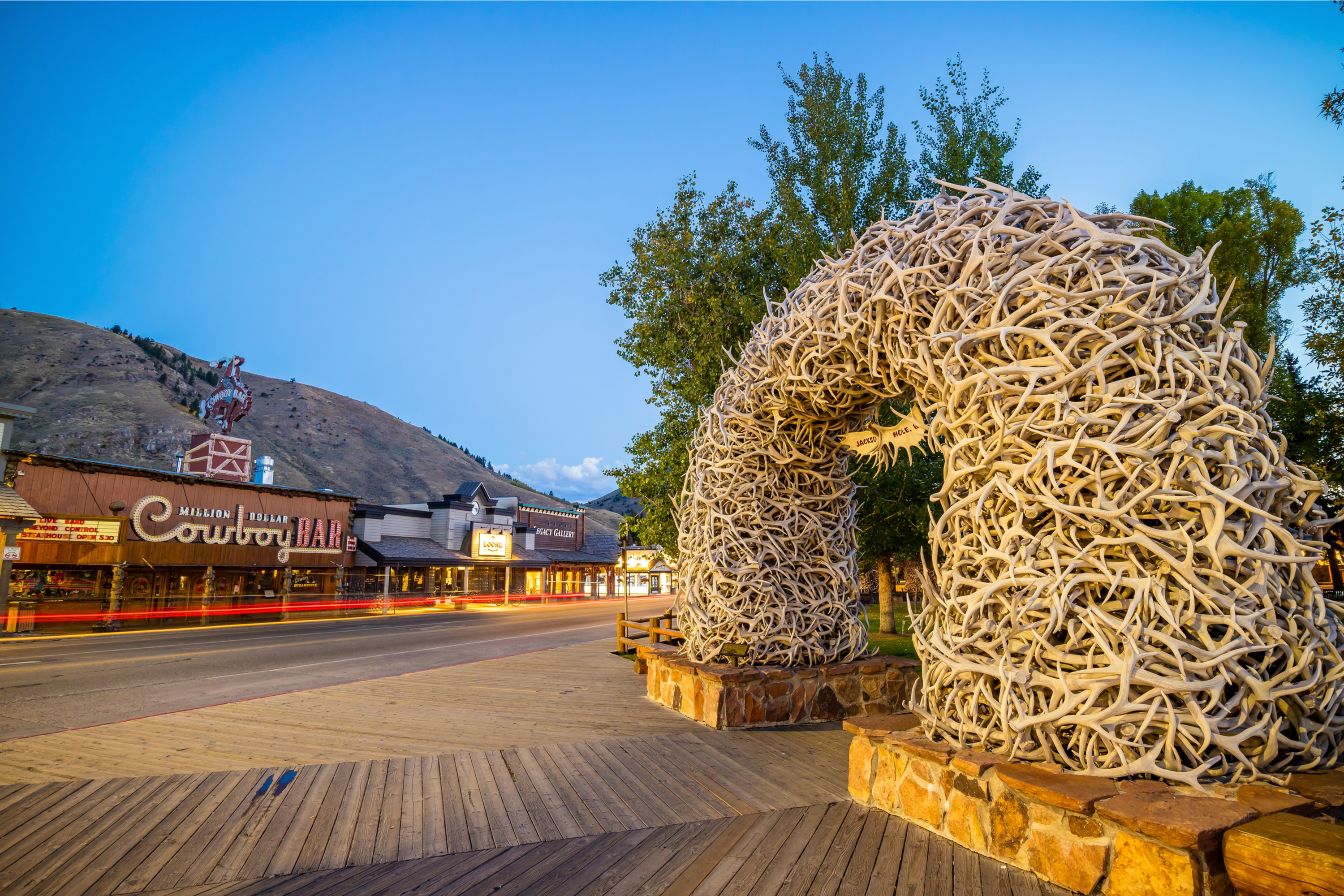 If you have never been to Jackson Hole, Wyoming, it should be at the top of your list! Here are the best tips to help you make the best of your time in Jackson Hole.